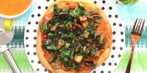 Bloemkoolpizza met spinazie en aubergine | Meatless Monday